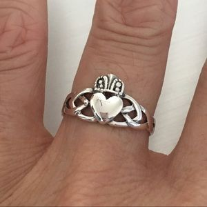 Jewelry - Sterling Silver Celtic Claddagh Ring